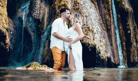 Shooting grossesse aux cascades d'Arbois