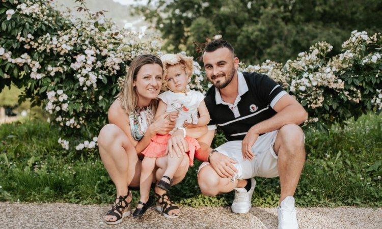 Photographe professionnelle shooting famille à Besançon