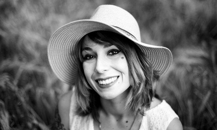 Tails Photographie - Céline Jean Shooting portrait femme Besançon